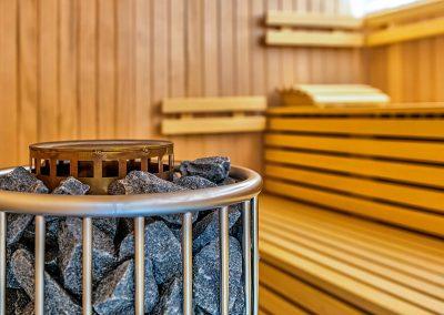 Biosauna Finnische Sauna 90 60 Wellness Arrangement Angebot Saunalandschaft Massage schwitzen Saunaofen Saunabank
